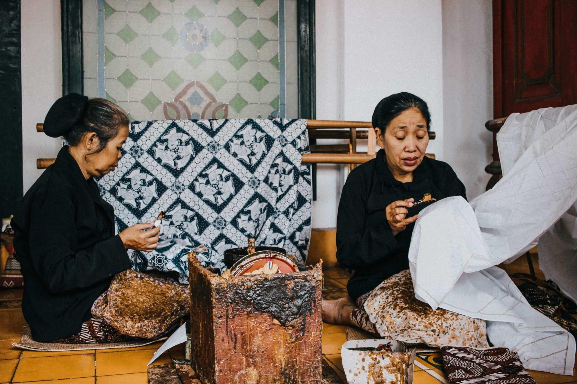 Vrouwen Met Batik